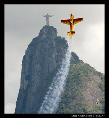 Plane Race in Rio