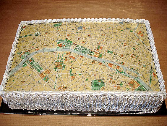 Map of Paris cake