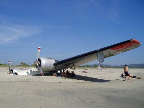 Plane buried in sands