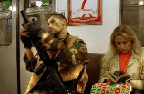 Moscow Metro gunslinger