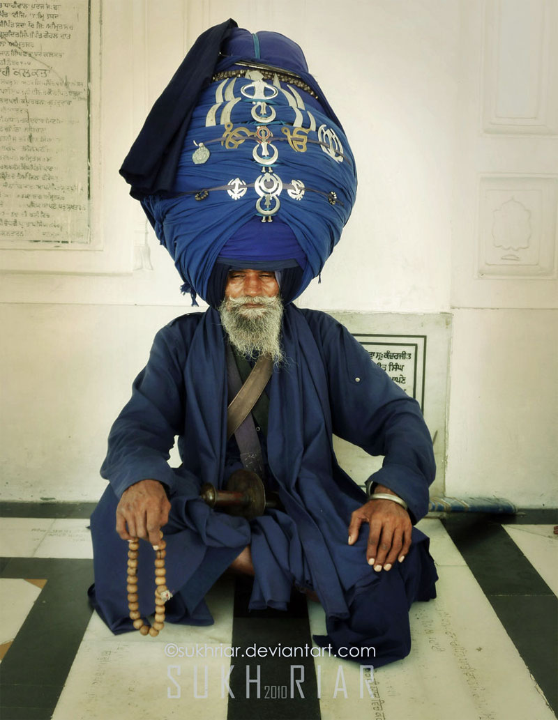 Nihang Singh with 750 Meters large turbans | The Nihang Sing… | Flickr