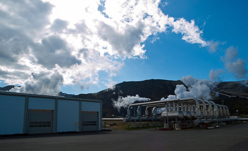 Geothermal power plant facilities