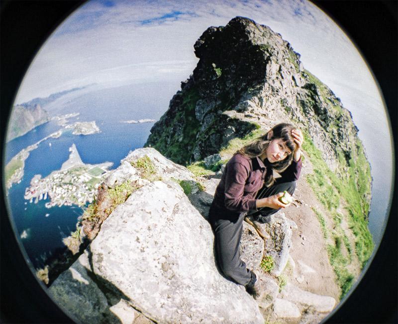 On the top of Reinebringen