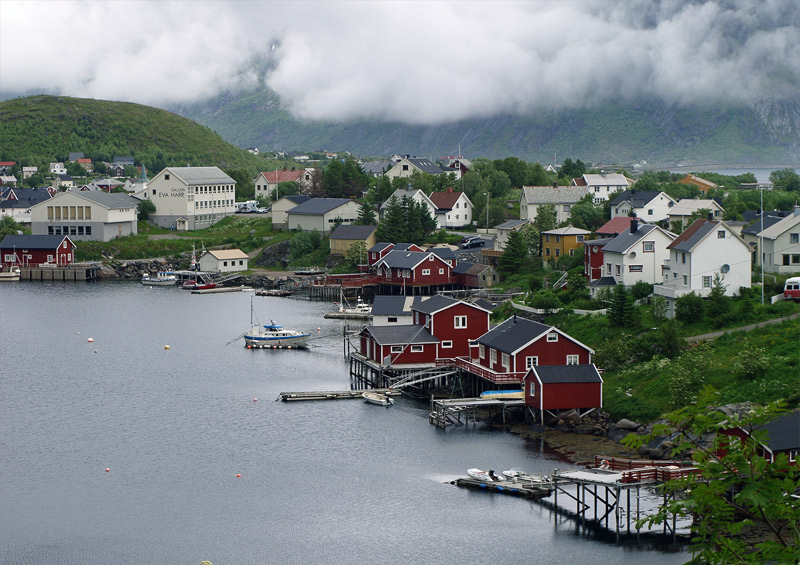 The closeup photo of Reine village