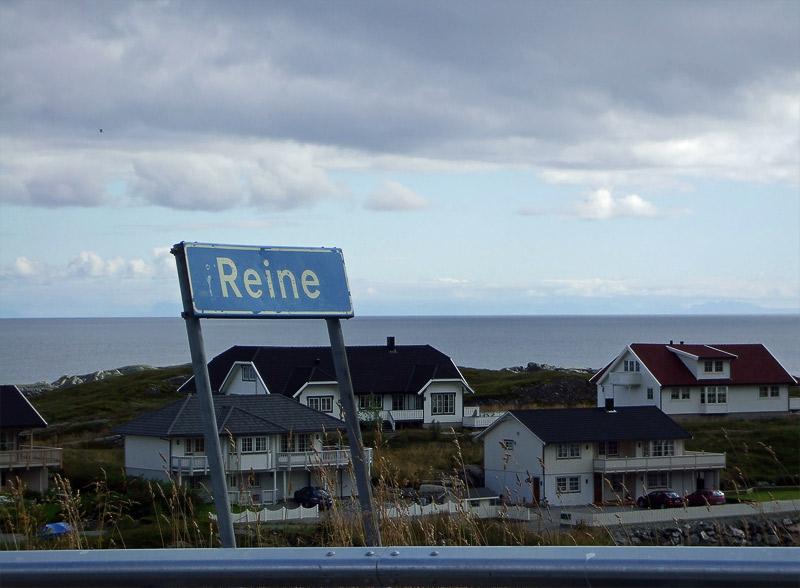 Reine village sign