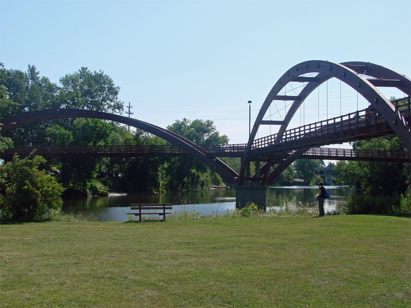 Tridge—the triple bridge