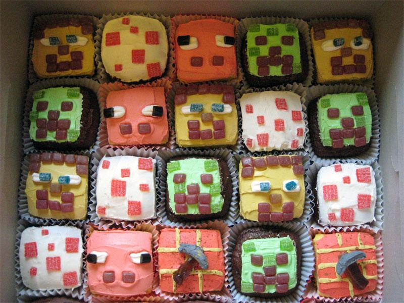 6. Minecraft cupcakes