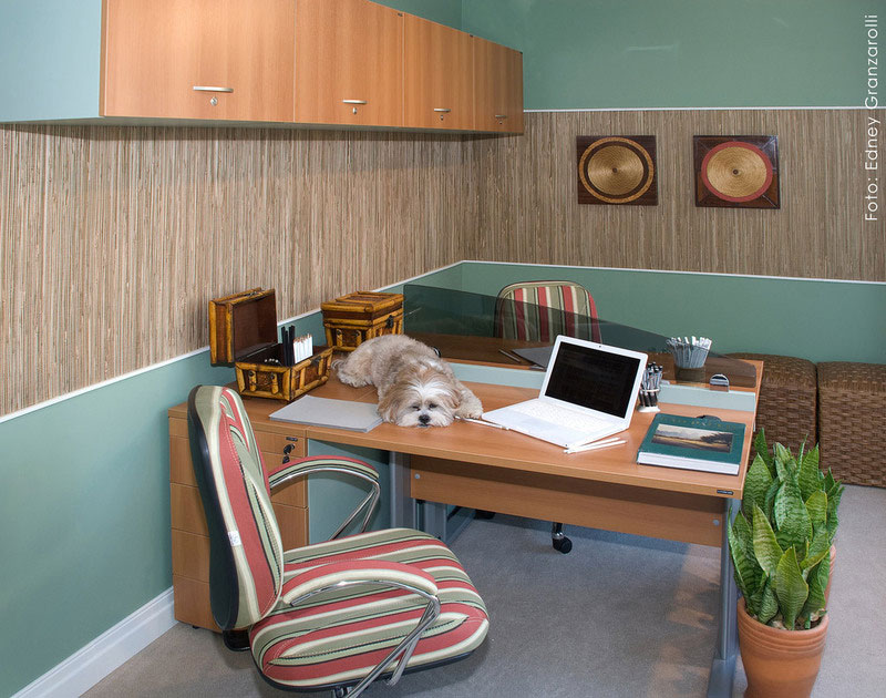 9. Country style home office for two. Great idea if you want to work with your spouse