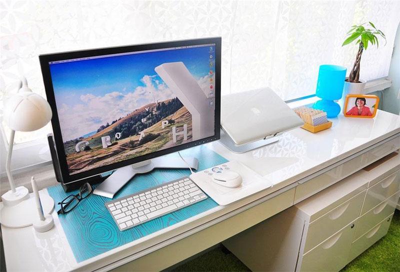 17. Simple Ikea setup