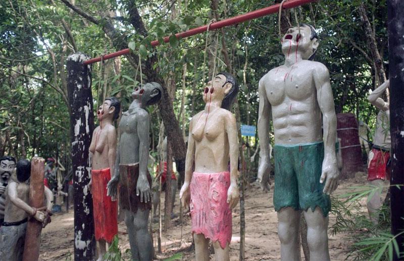 6. Thai Hell theme-park
