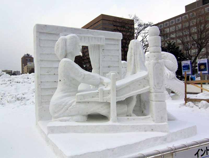 7. The Power of Women snow sculpture presented by the Indonesian artists at the 63rd Sapporo Snow Festival