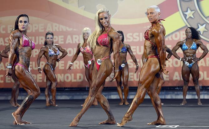 06. Female bodybuilding