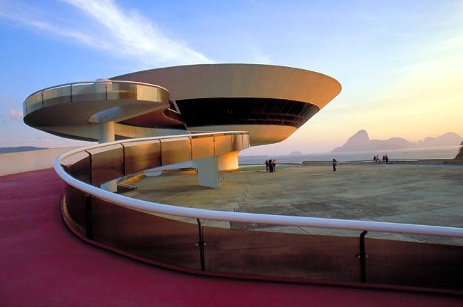 Masterpieces of contemporary architecture