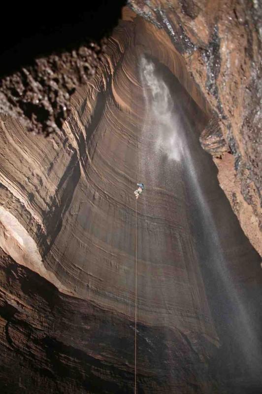 14. Ellison's Cave, USA