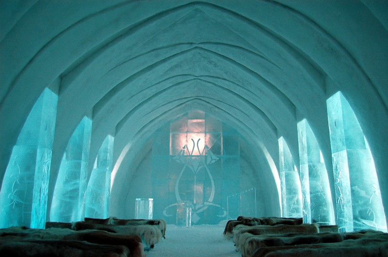 ice_hotel_church