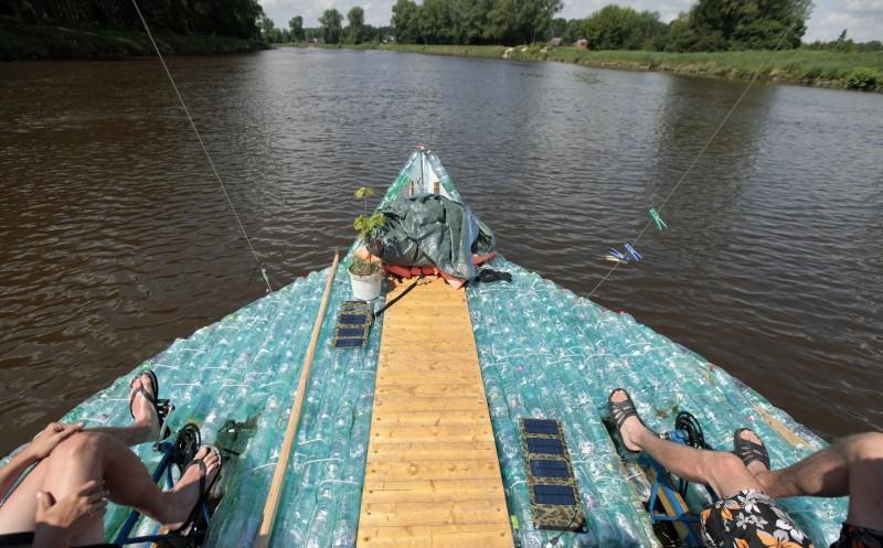plastic_boat_9