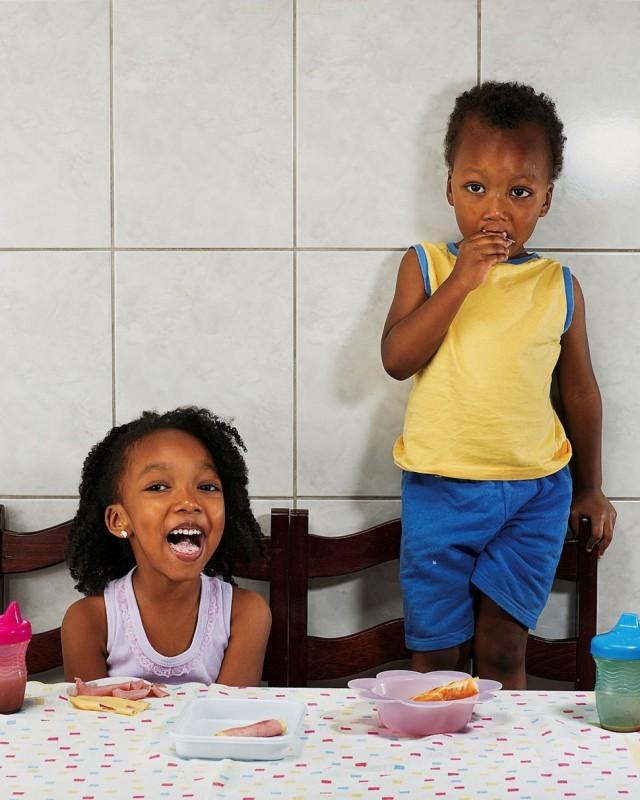Aricia Domenica Ferreira, 4 years Hakim Jorge Ferreira Gomes, 2 years, Sao Paulo, Brazil.