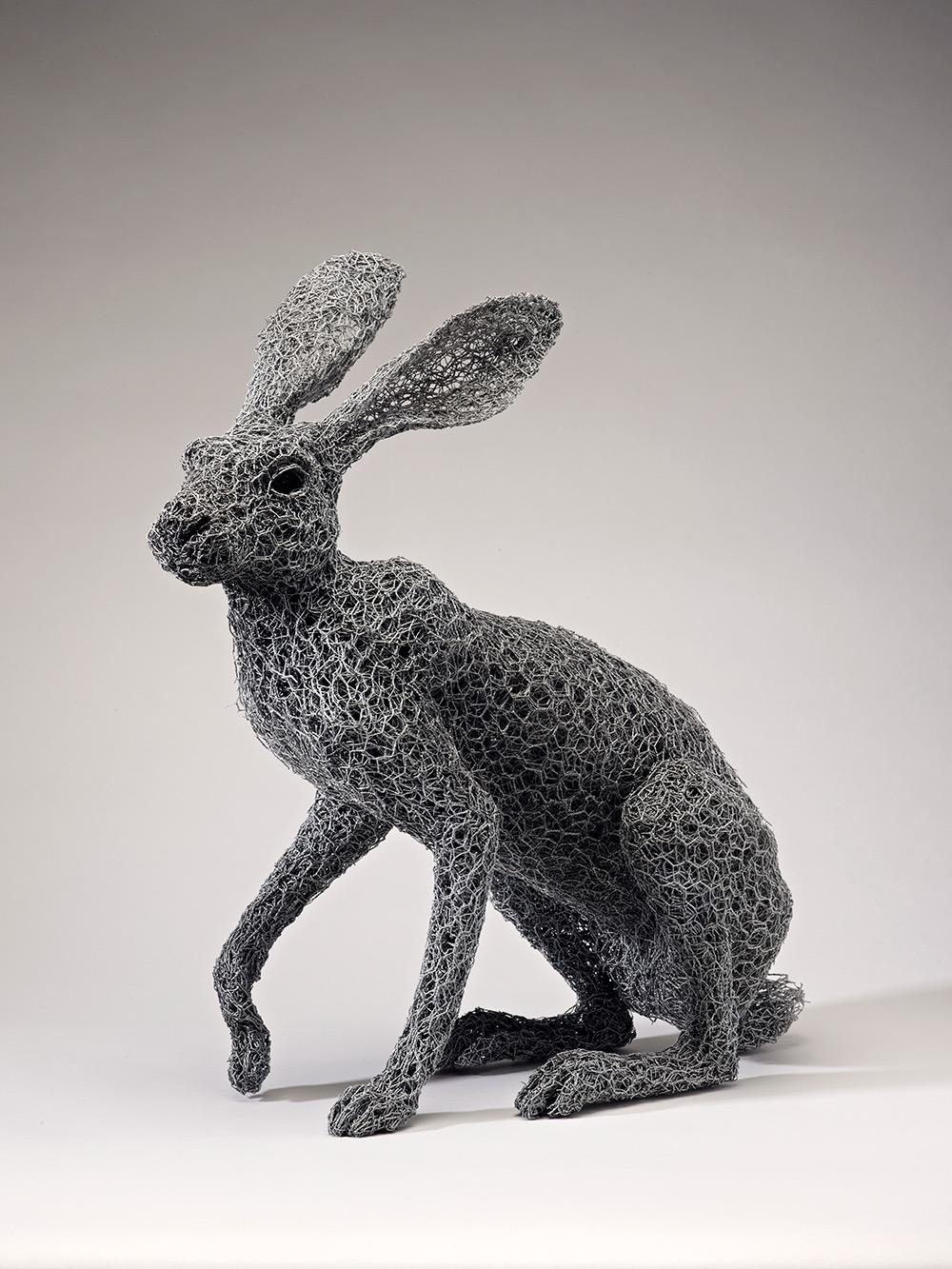 Galvanized wire animal sculpturese