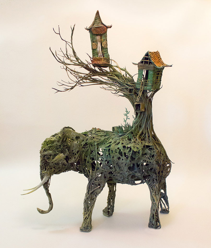 Amazing sculptures by Ellen Jewett