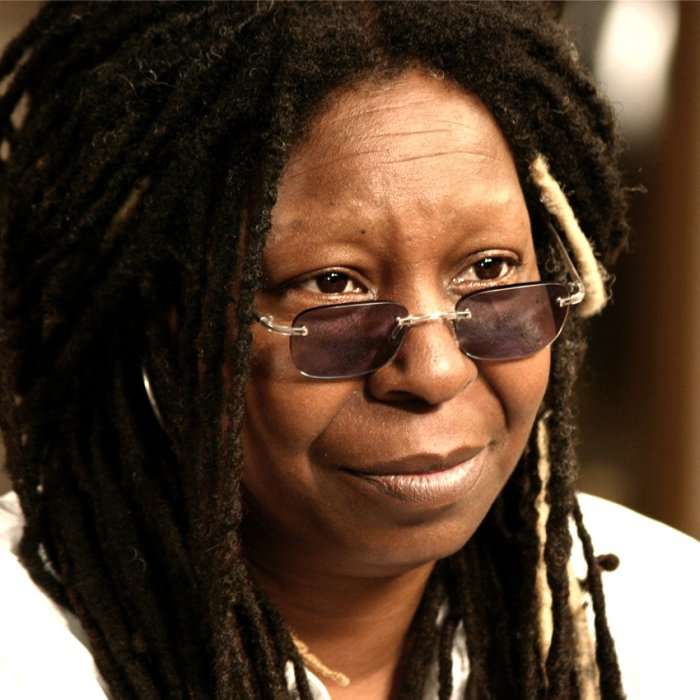 Whoopi Goldberg was making makeups to dead people in morgue.