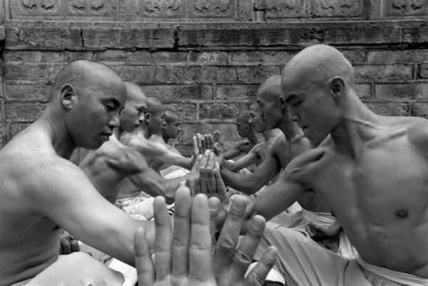 Shaolin-Monks-Training-05