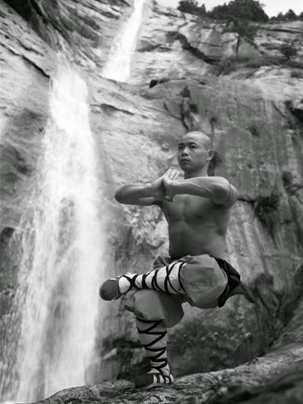 Shaolin-Monks-Training-06