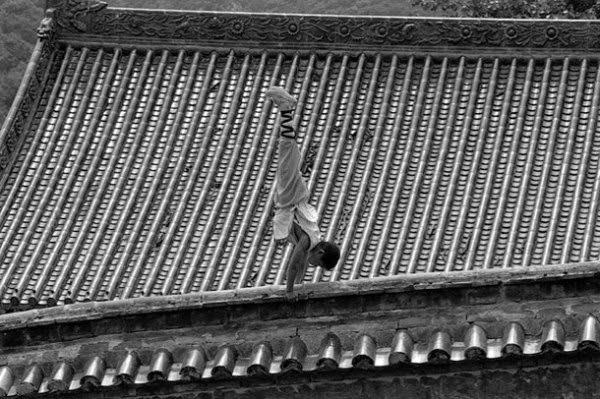 Shaolin-Monks-Training-14