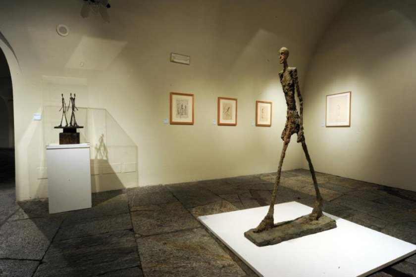 10 incredibly expensive sculpture
