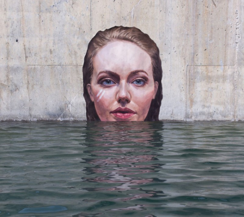 Women under water: the project of Sean Yoro