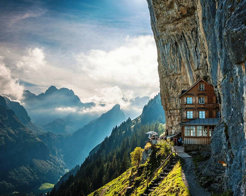 Amazing hotels around the world 12