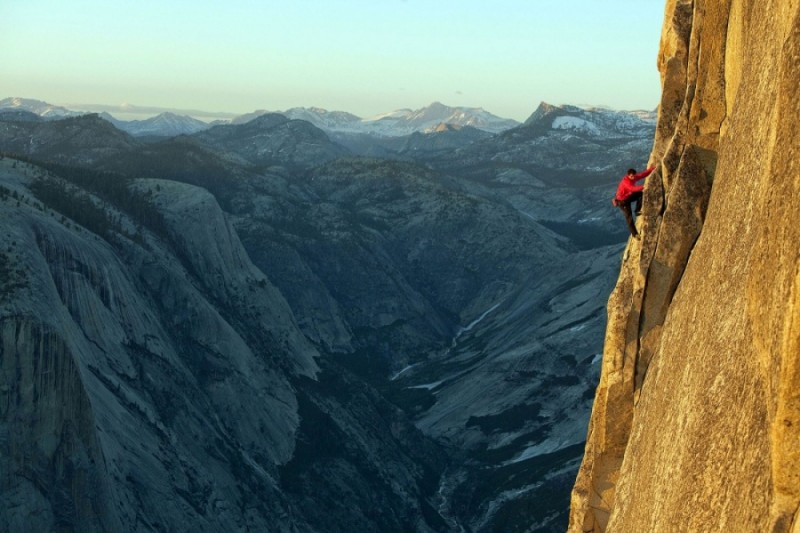 4. Climber Alex Honnold conquers Yosemite Mountain, USA