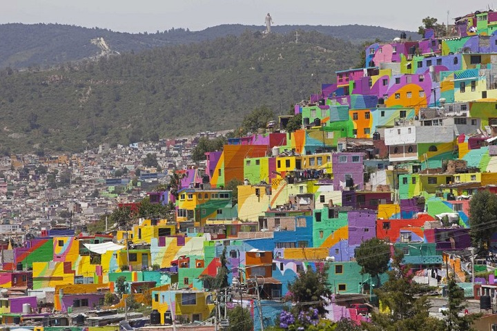 Mexican town that turned  into colorful place 9
