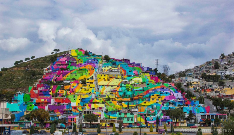 Mexican town that turned  into colorful place 2