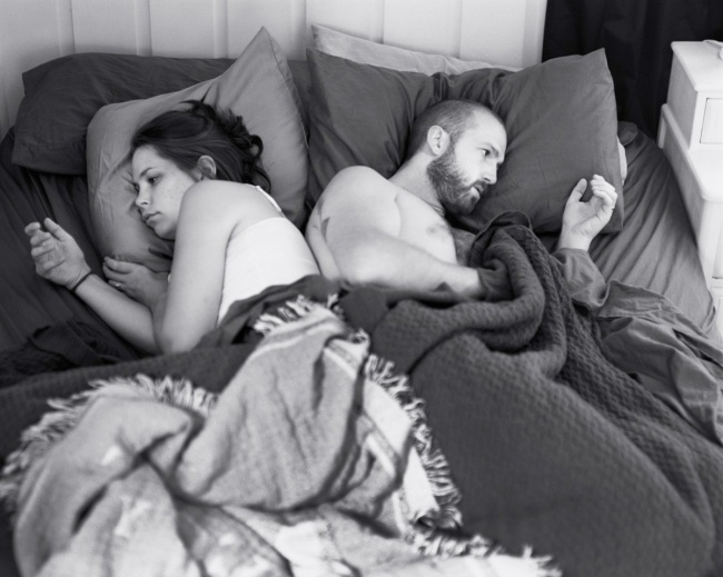 Photos of people without their smartphones 1