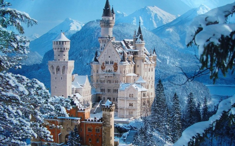 Magical castle Neuschwanstein, Germany