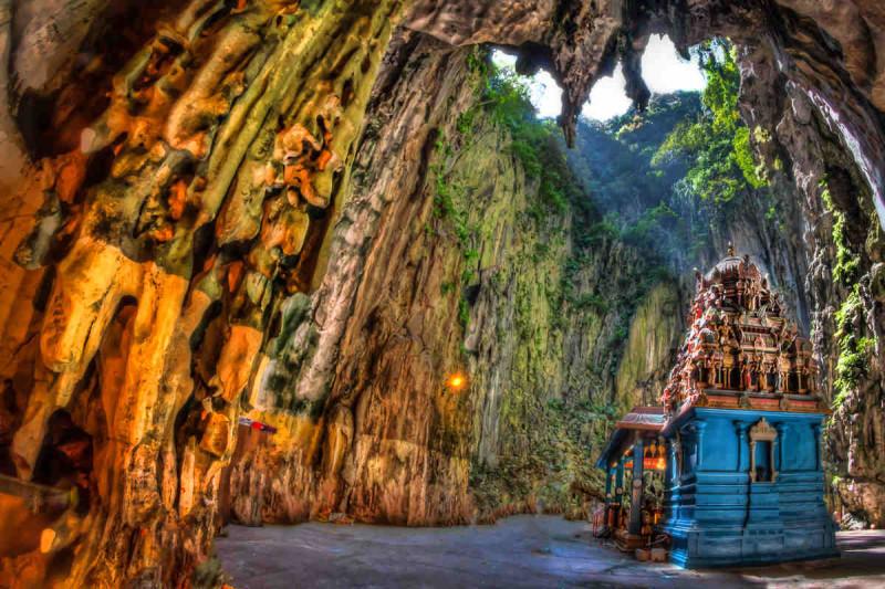 7. Batu Cave, Malaysia