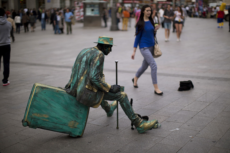 Living statues in Berlin