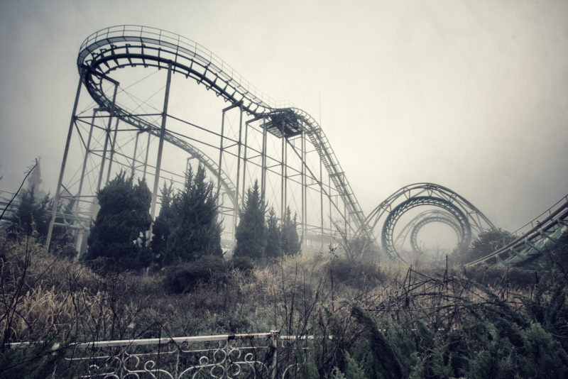 Inside the abandoned creepy theme park in Japan